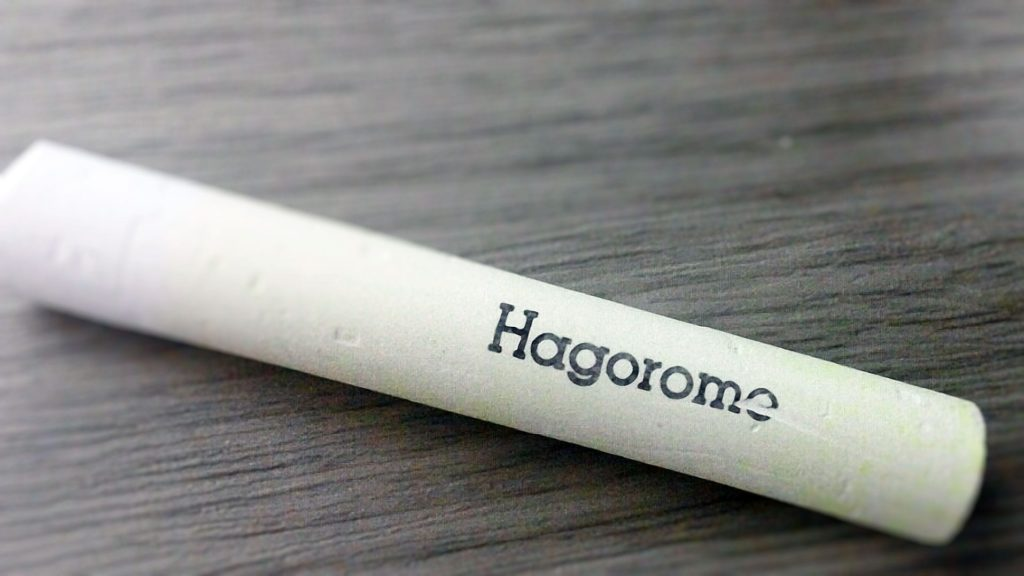 The premium chalk is made by a Japanese brand named Hagoromo