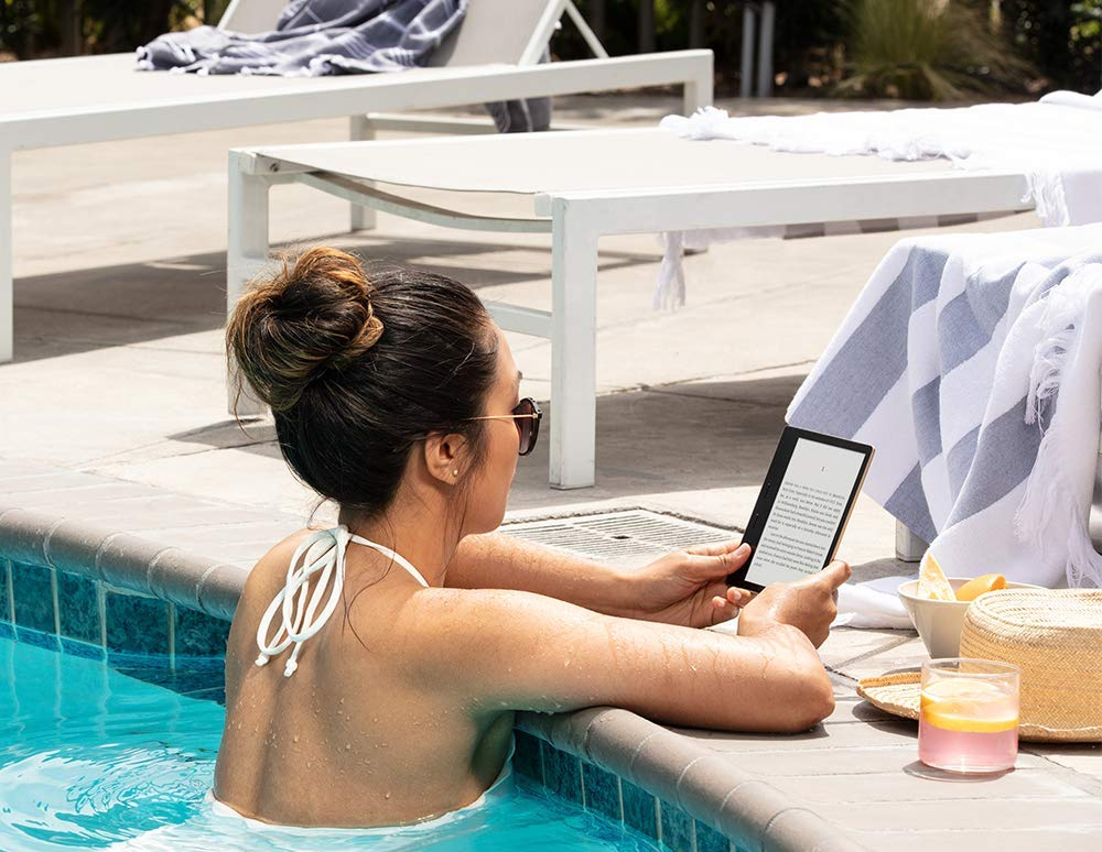 The all-new Kindle Oasis (10th Gen), now with an adjustable