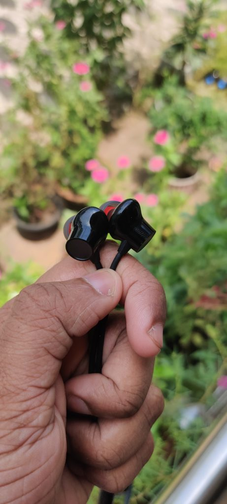 Bullets Wireless Z plastic casing