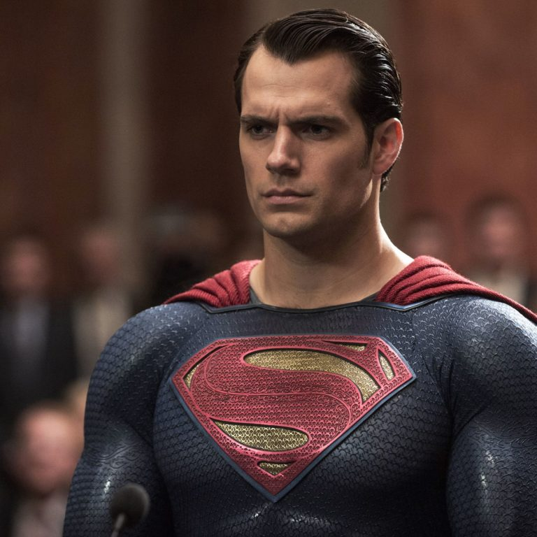 Zack Snyder's Justice League Has Henry Cavill Excited!
