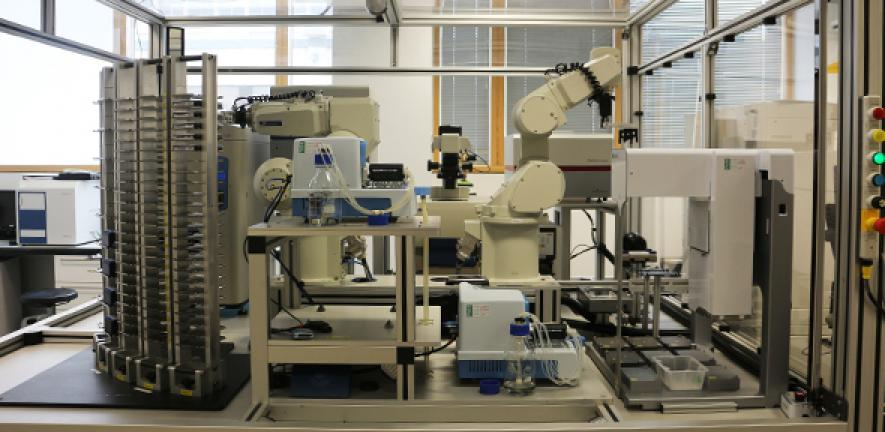 The artificial researcher is capable of carrying out experiments and learning from them.