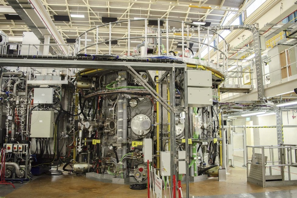 Fusion reactors are beginning to gather steam.