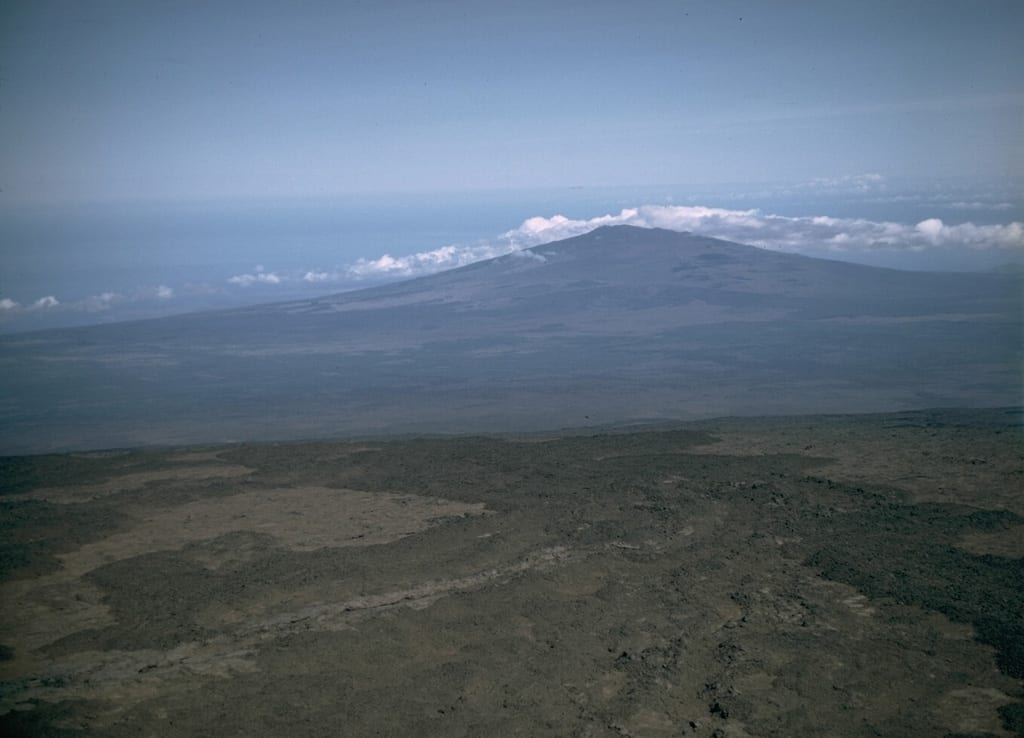 The new freshwater reserves have been discovered near the volcano of Hualalai.