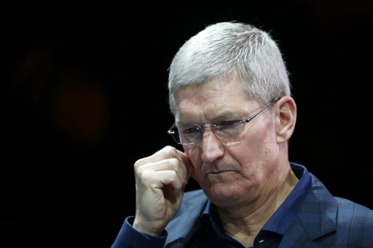 Apple MacBook and iPad Faces Production Delays Due To Global Chip Shortage