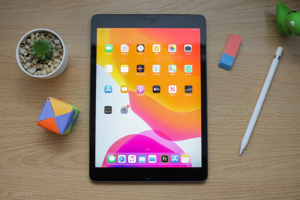 One of the most popular devices from Apple, the iPad, might get more affordable when Apple shifts production to India. Courtesy: Pocket-lint