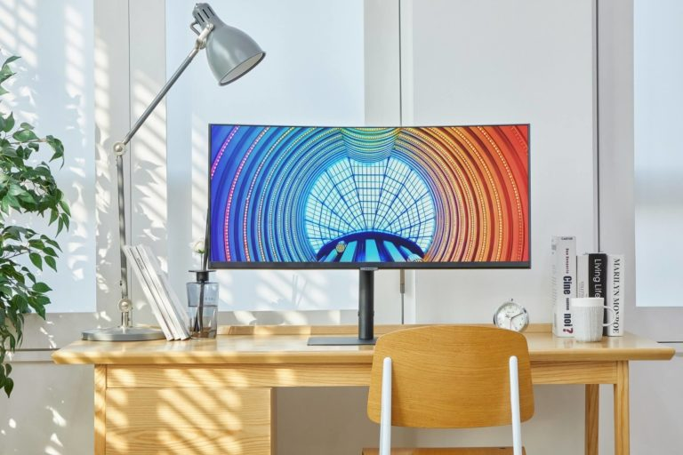 Samsung Launches 12 New 4K Monitors Named After Its Flagship Smartphones